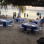 Foto de Cayuco Beach Bar