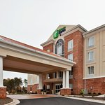 Photo of Holiday Inn Express & Suites Greensboro Airport