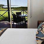 Photo de Moonlight Bay Suites
