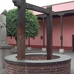 La famosa casa de Santa Rosa de Lima tiene el POZO DE LOS DESEOS de Santa Rosa de Lima