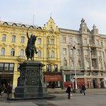 Foto de Jelacic Square (Trg Bana Josipa Jelacica)