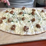 Flammkuchen with pork