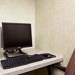 Photo of Holiday Inn Express Chicago-Midway Airport