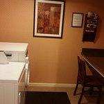 Photo de Holiday Inn Express Harrisburg SW-Mechanicsburg