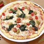 Pizza at Acqua