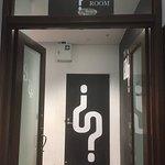 Photo de The Enigma Room