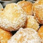 Sweet doughballs