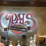 Foto de Opals Confectionery