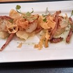 Scallops with parsnip puree, parsnip crisps and bacon