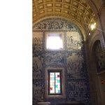 Azulejos w bocznych kaplicach