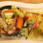 Superbe marmite de légumes croquants et Tofu grillé