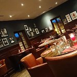 Changement de décor et on retrouve le bon goût du Bistrot Marin et du café de la Fontaine. Récep