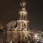 Hofkirche abends