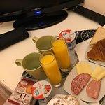 Petit déjeuner servit dans la chambre
