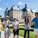 Fontainebleau & Vaux-Le-Vicomte Day Trip from Paris