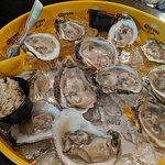 Tasty oysters to enjoy.