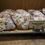 Фотография Breads Bakery