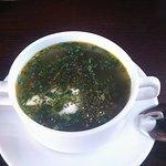 """Гастро-паб """"Кухня"""". Щавелевый суп с яйцом и сметаной"""