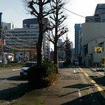 ホテル前から富山駅方面