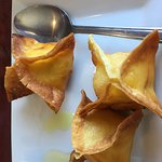 Light, crispy & savory Curry crab rangoon - wonderful