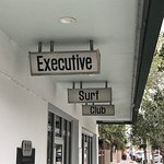 صورة فوتوغرافية لـ Executive Surf Club