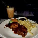 the food : BBQ spareribs & grape taste