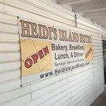 Heidi's Island Bistro Foto