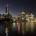 Brisbane night skyline - stunning