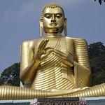 extraordinary sculpture of Buddha