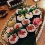 Spicy tuna and avocado salmon maki