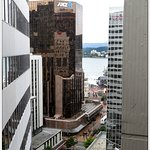Well located thanks to the lift to Lambton Quay
