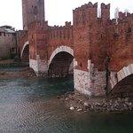 Photo de Ponte Scaligero