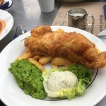 Fish and chips with peas and tartare sauce