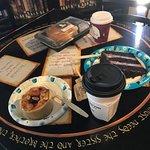 Foto de The Drowsy Poet Coffee Company