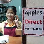 ภาพถ่ายของ Apples Restaurant and Bakery