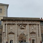 Photo de Zadar Land City Gates