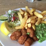 Scampi, chips, peas