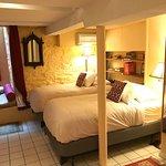Twin beds in Zen Room in Garden Duplex Apartment