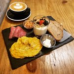 Cafe REVOL - All day breakfast