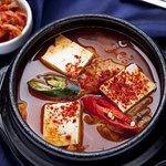 Кимчитиге - суп с кимчи мясом и тофу