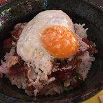 Ramen, mini bocatas chinos de pork con salsa hoisin y donburi