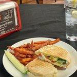 Foto de Cornerstone Restaurant