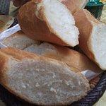Baguette du petit déj (sinon pain local, super bon !)