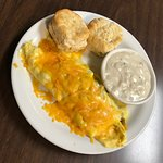 Omelette with biscuit and gravy