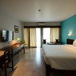 Sakorn Residence & Hotel Photo