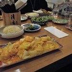 Crevetten an Mangosauce mit Reis