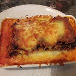 """Lasagnes """"maison"""", excellentes et copieuses ."""