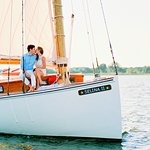 These kids hired a photographer to shoot their engagement. Paparazzi style on Sail Selina