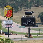 Woolly's is a good restaurant out west, near by the Mammoth Site.