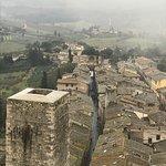 Photo de San Gimignano Bell Tower